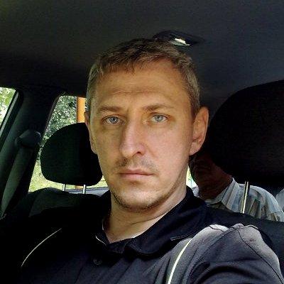 Максим, собственник авто